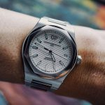 Girard-Perregaux Laureato Steel 42mm Watch Review Wrist Time Reviews